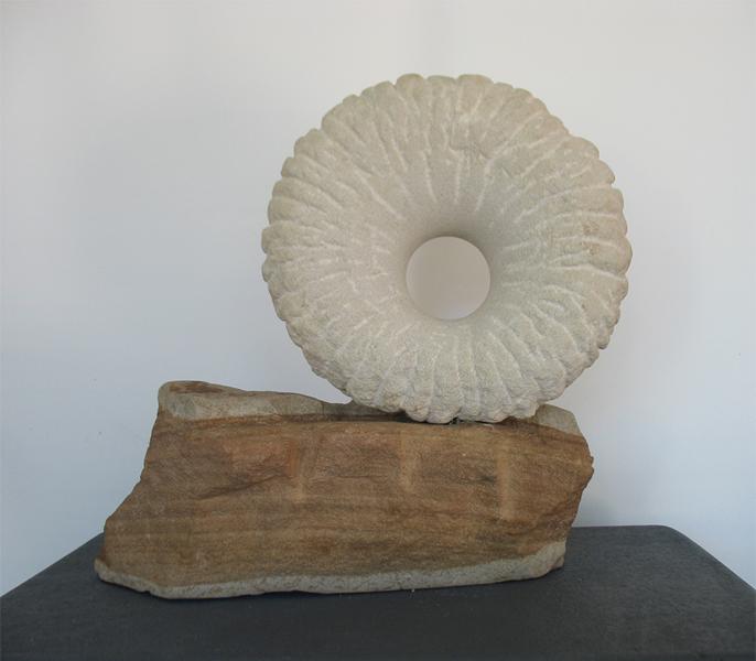 focus- helidon- sandstone -sculpture